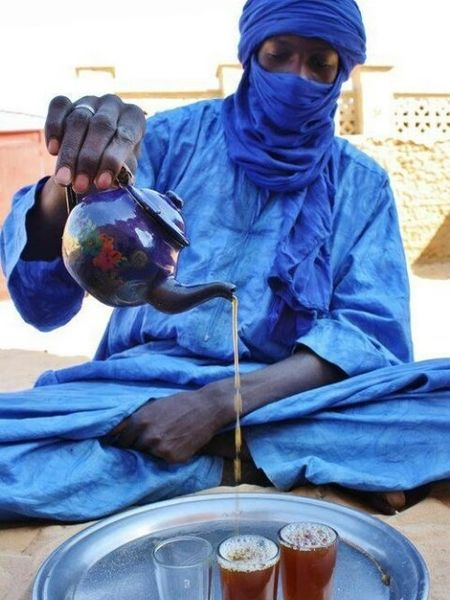 Tuareg Man pouring some tea.