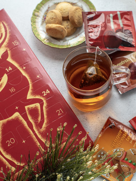 Festive and tasty with one tea for each day of Advent